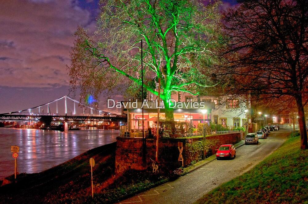Krefeld-Uerdingen in another light. by David A. L. Davies