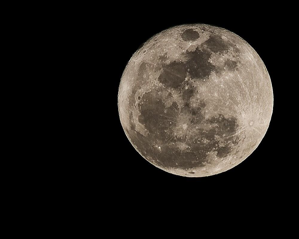 Lunar Perigee by Ray Chiarello