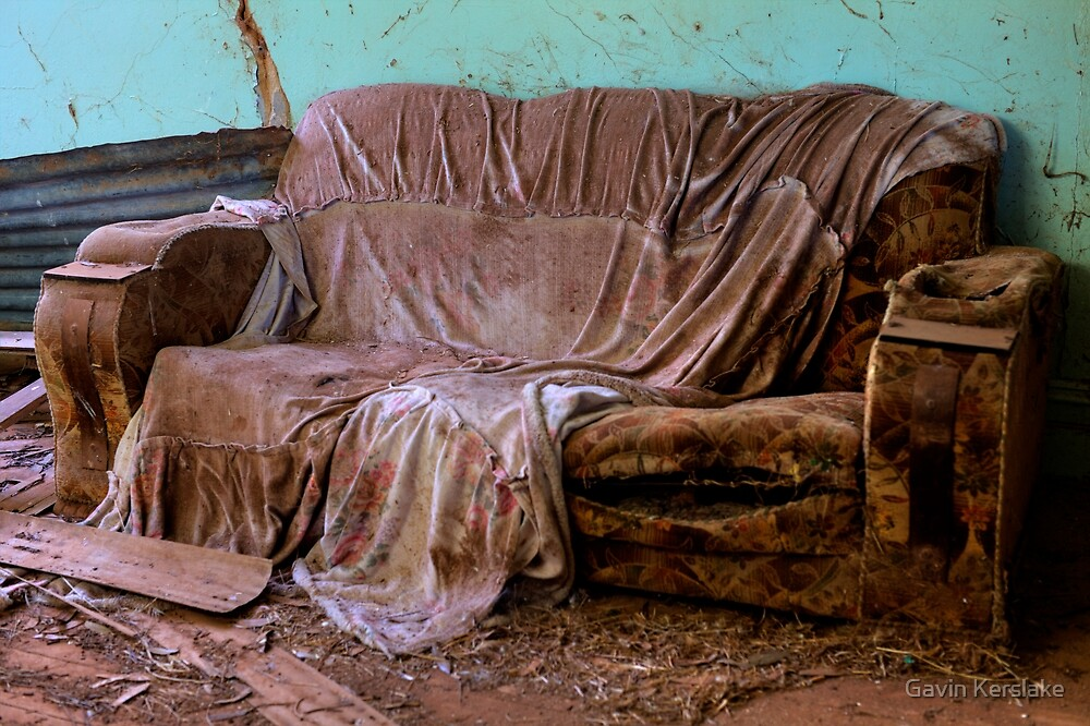 Old Couch by Gavin Kerslake
