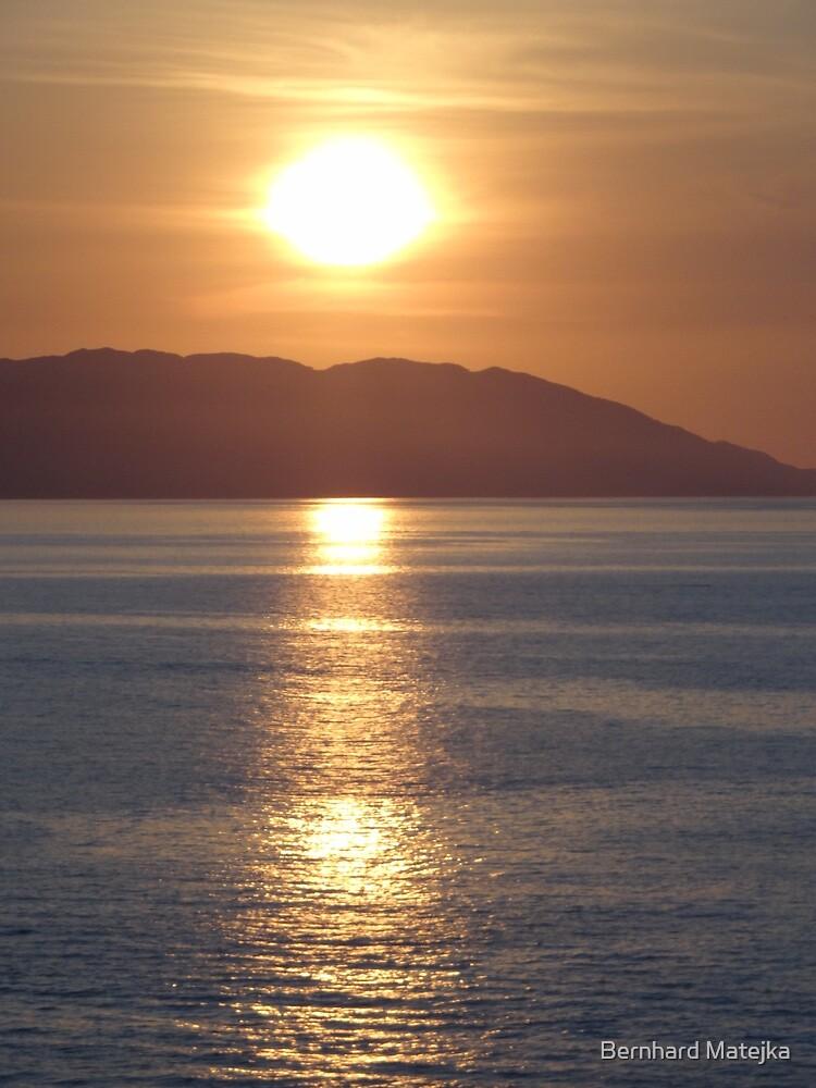 Exploding sun above Bay of Banderas - Sol explotando arriba de Bahia de Banderas by Bernhard Matejka