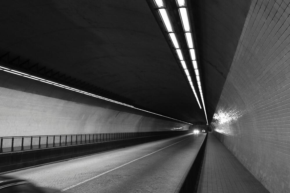 tunnel by gstella