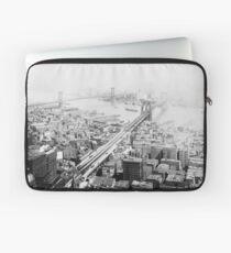 Funda para portátil Vintage Brooklyn and Manhattan Bridge Photograph
