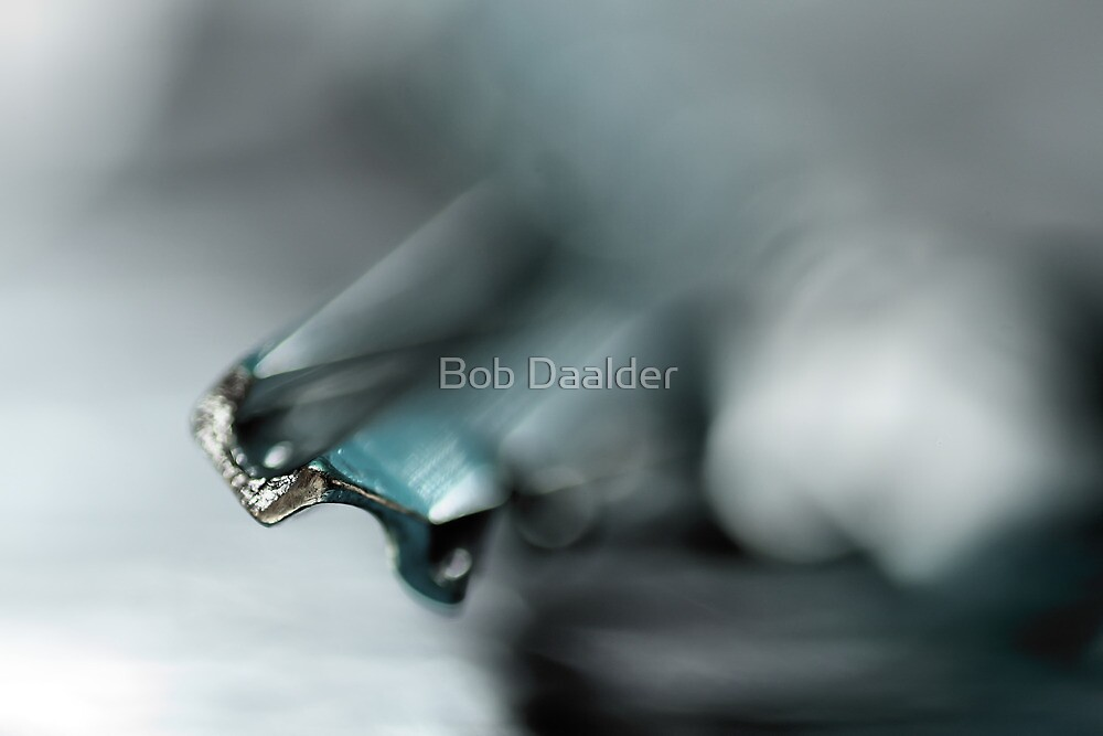 Escape from the ordinary... (blue) by Bob Daalder