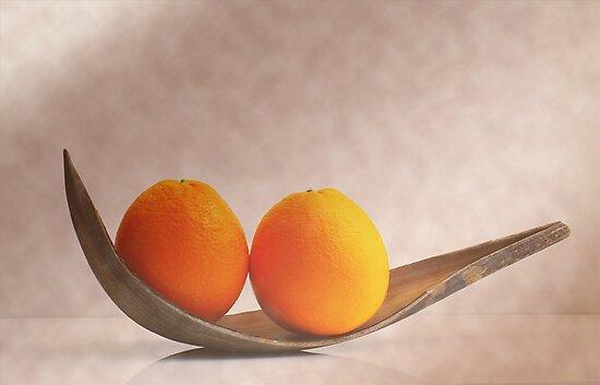Orangen by Aviana