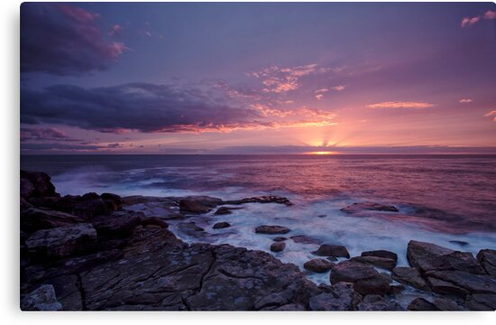 Sneak peak - sun rays by Adriano Carrideo