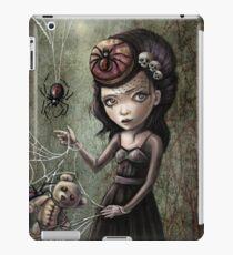 Black Widow Creepy Cute Girl iPad Case/Skin