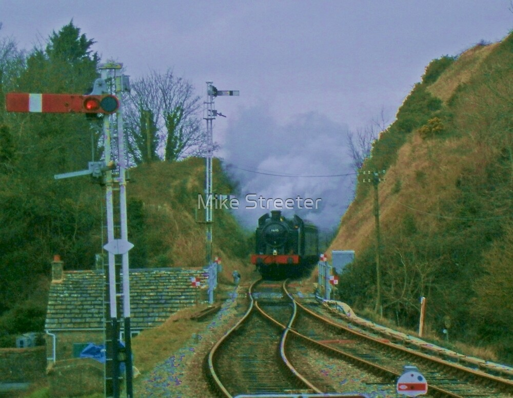 6695 at Corfe Castle by Mike Streeter