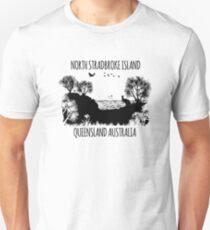 MOOLOOMBAH, MINJERRIBAH - (AKA POINT LOOKOUT NORTH STRADBROKE ISLAND) AUSTRALIA Slim Fit T-Shirt