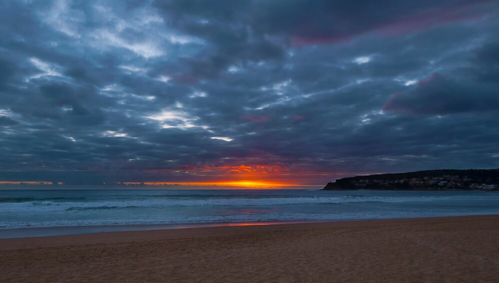 Sunrise Manly by nigelhowe