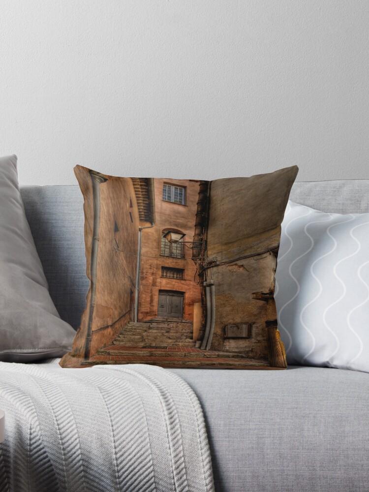 Street lamp and windows by Roberto Pagani
