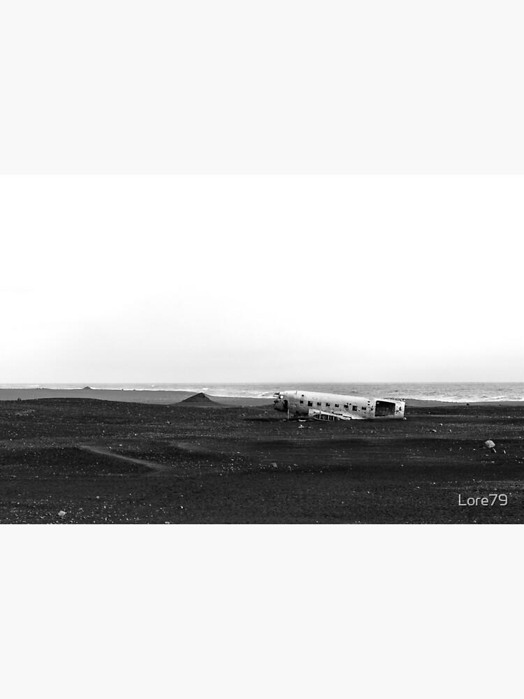 Emergency landing at Sólheimasandur by Lore79