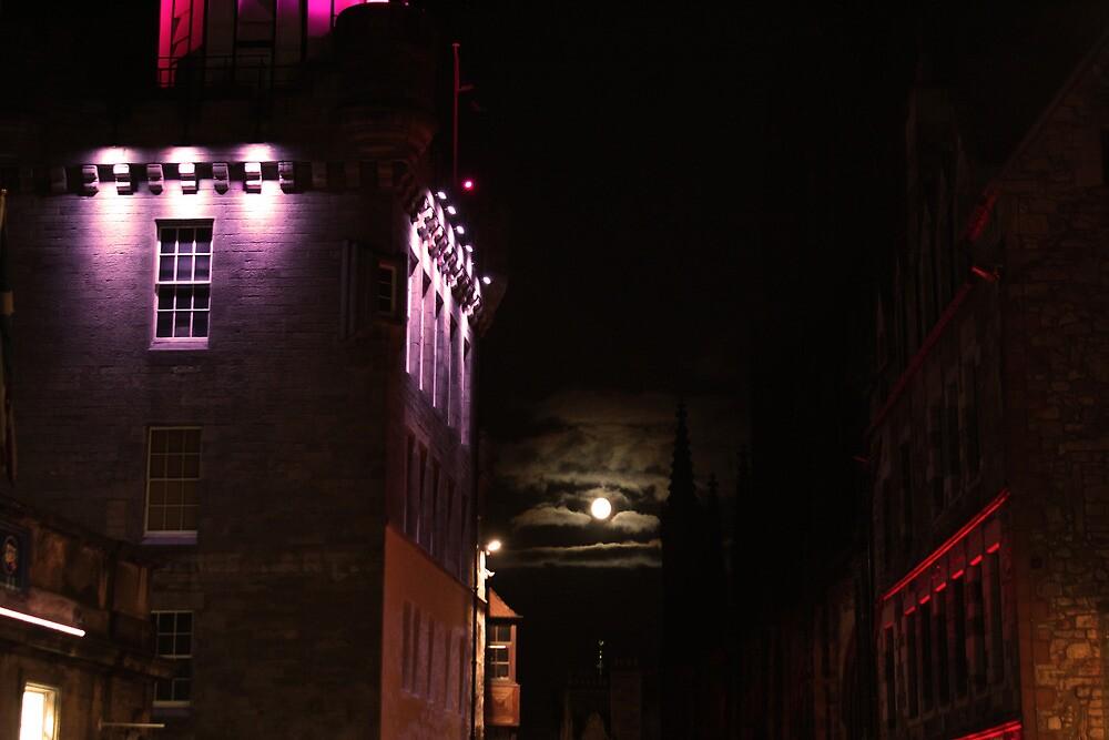 edinburgh - night shot II by gstella