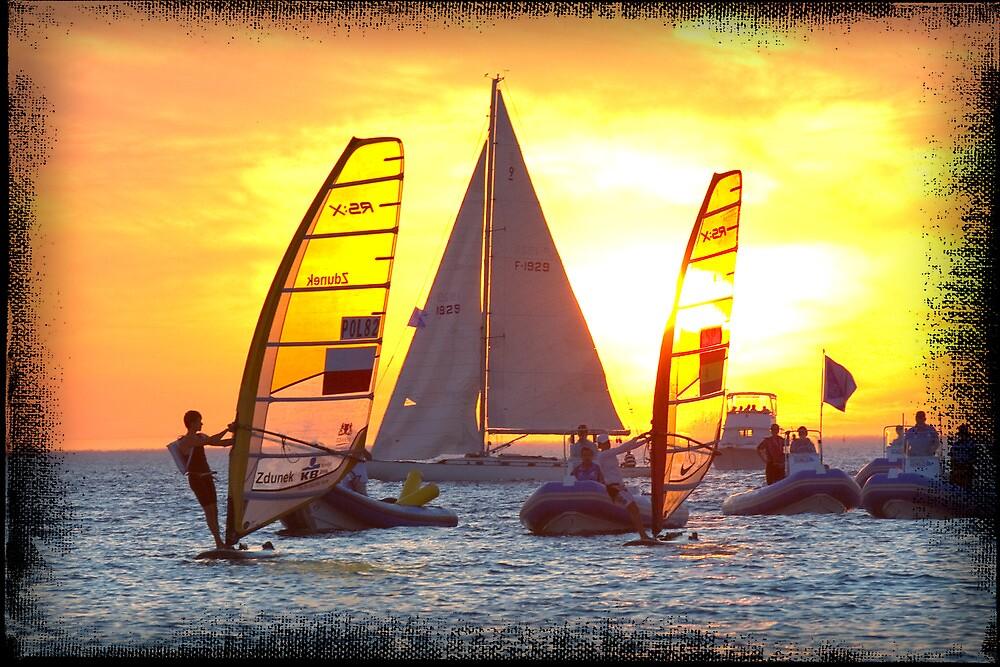 Sailing at sunset by Darren Speedie