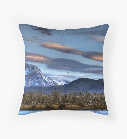 UFOs over the mountains Throw Pillow