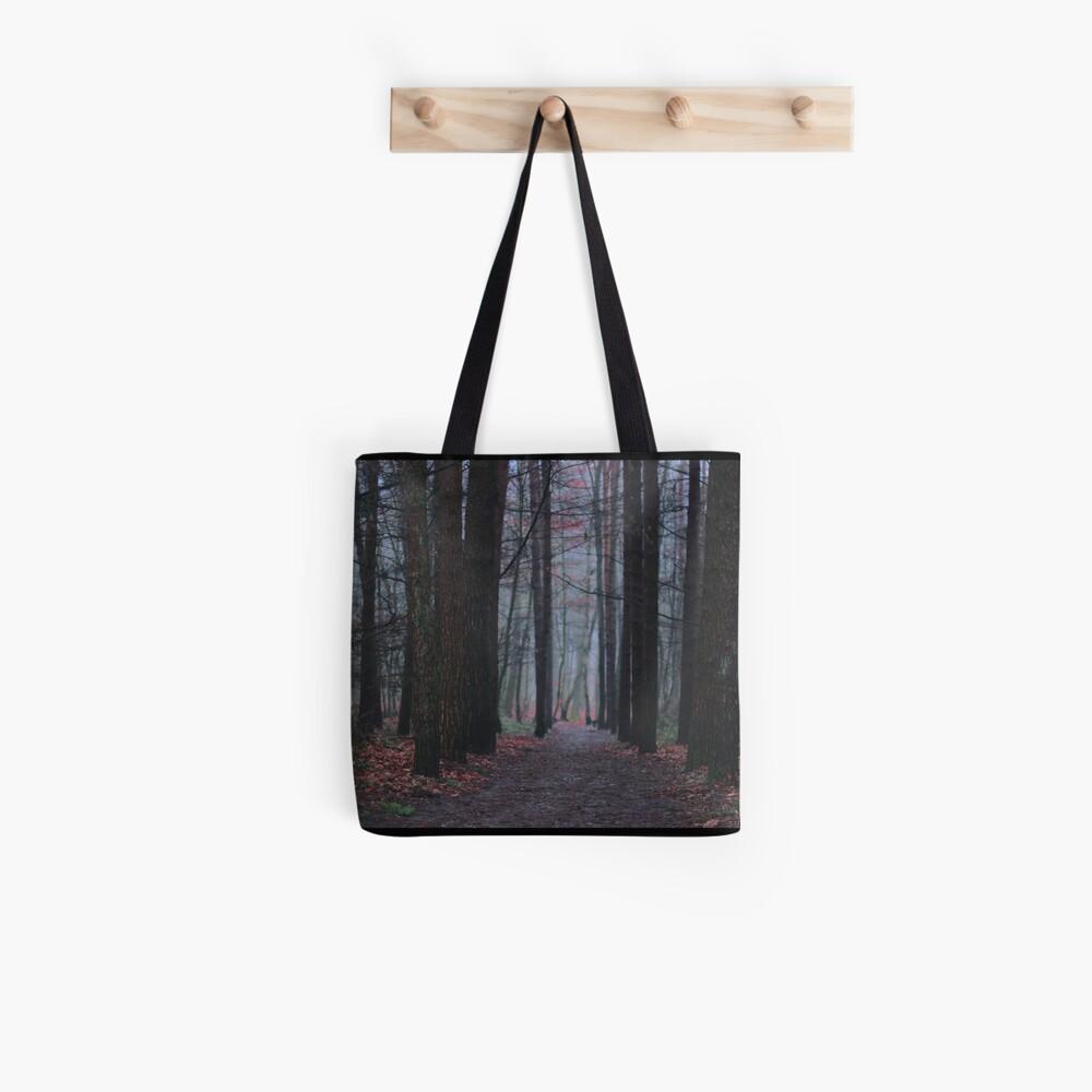 Dunkle Wälder Stofftasche