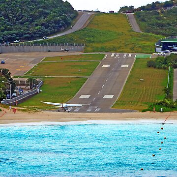Short Landing Strip by photorolandi