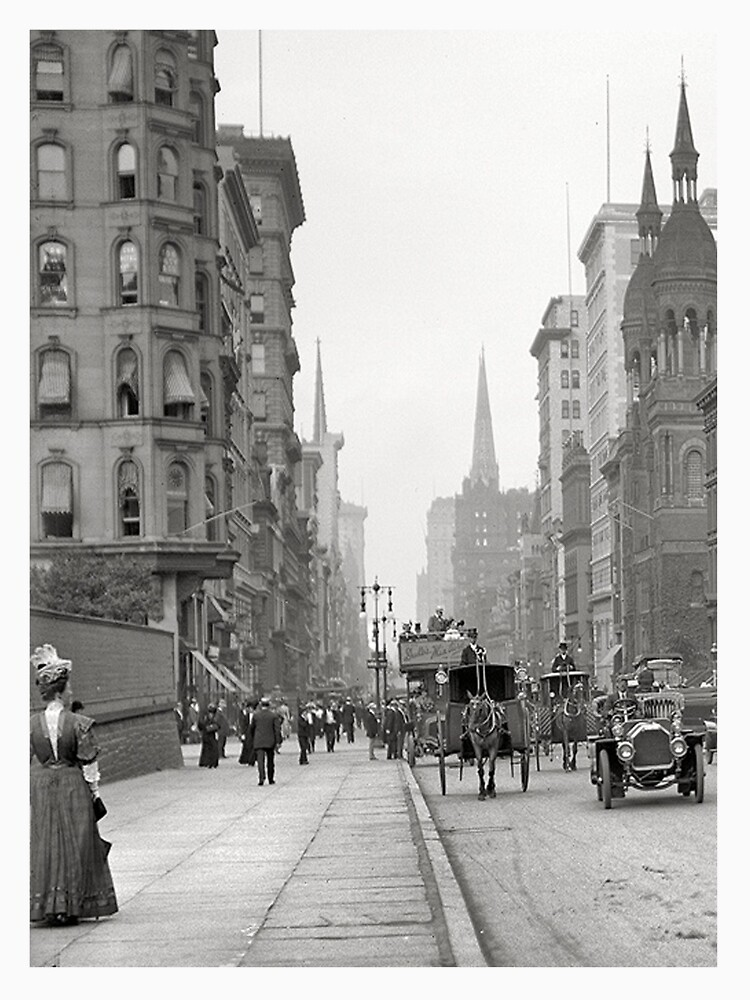 Vintage Fifth Avenue Photograph (1912) de BravuraMedia