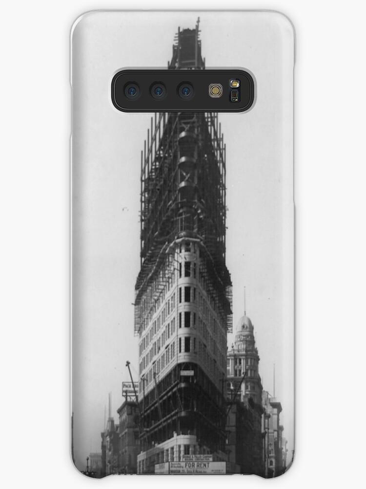 «Old NYC Flat Iron Building Construction Photograph» de BravuraMedia