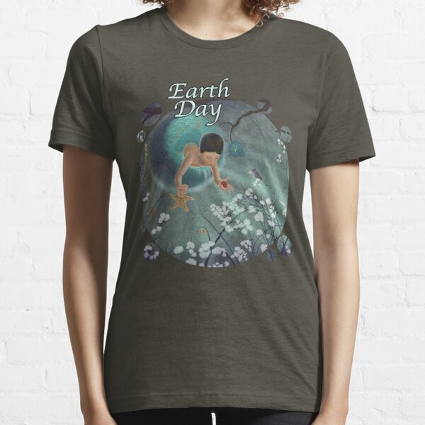 Keepsakes of the Ocean - Earth Day - Bubble cut Essential T-Shirt