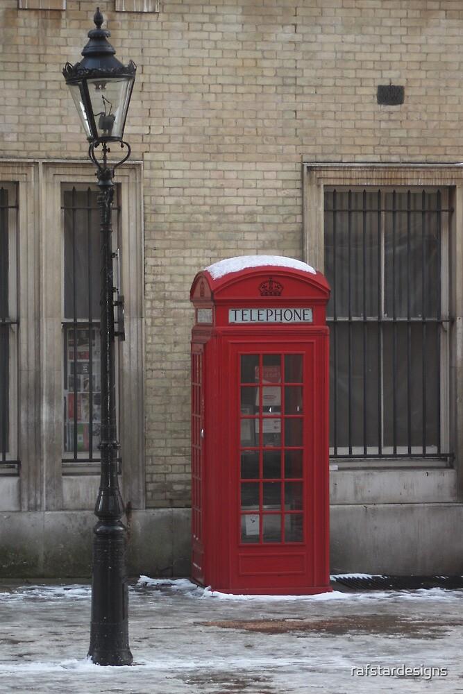 London phone box by rafstardesigns