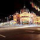 Flinders Station at Night by Hany  Kamel