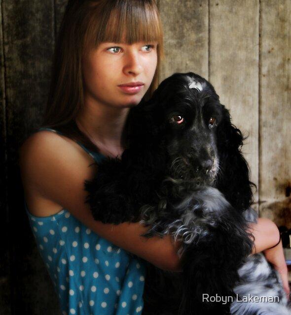 Lauren & Ashley by Robyn Lakeman