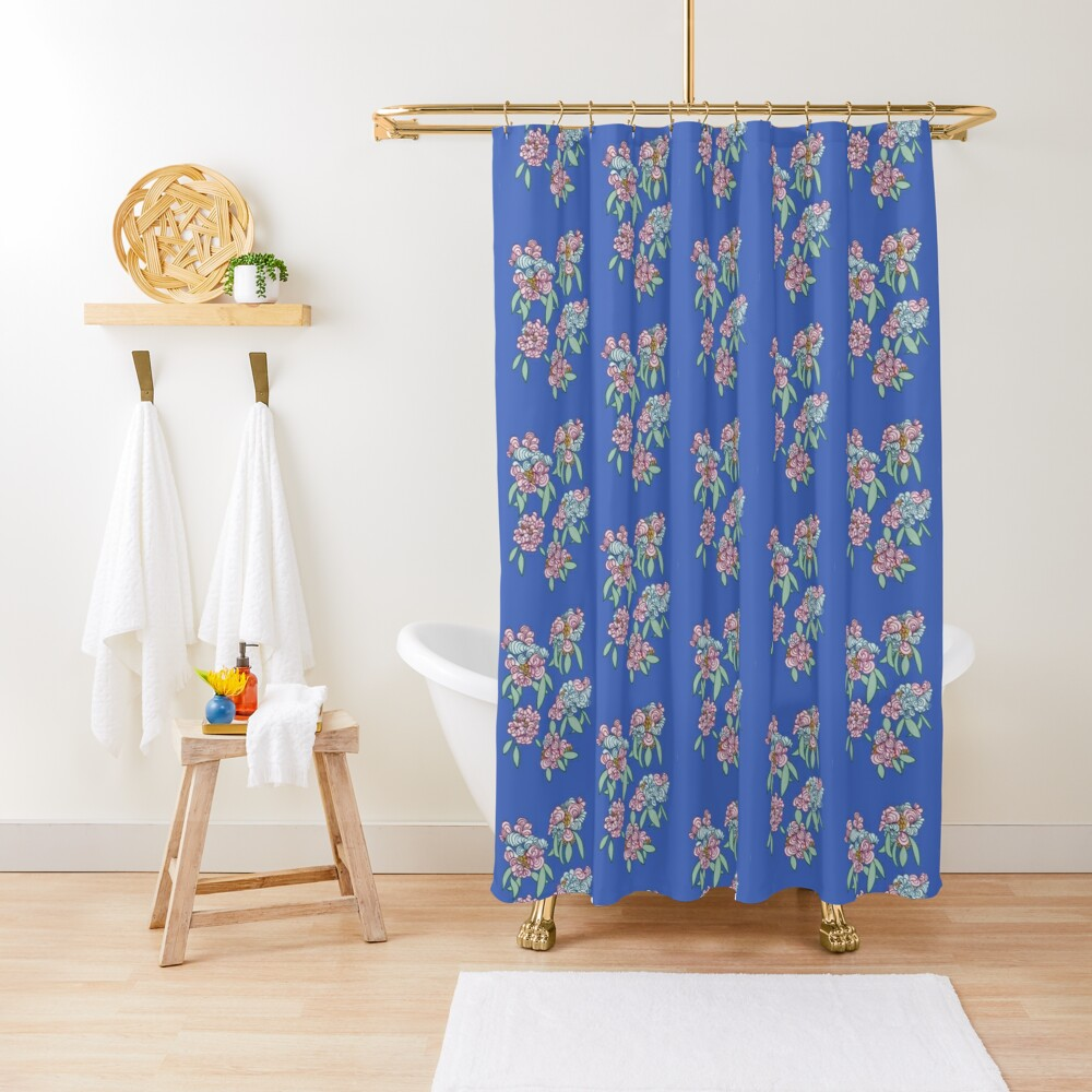 Elegant hand-drawn flowers. Shower Curtain