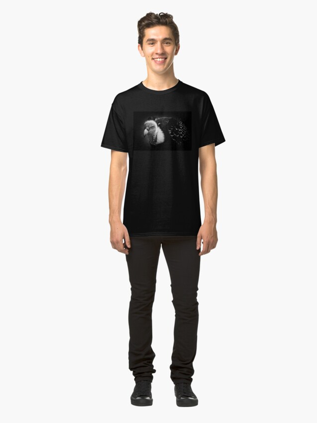 Alternate view of Rueppell's Vulture: After a shower (black version) Classic T-Shirt