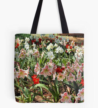 IN ABUNDANCE - AMARYLLIS Tote Bag