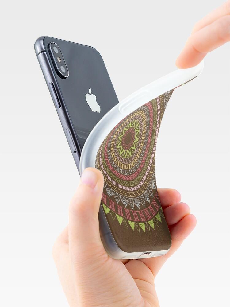 Vista alternativa de Funda de iPhone Boho mandala