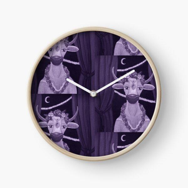 Vintage Cow Bride with Aquamarine Gemstone Indian Headpiece Clock