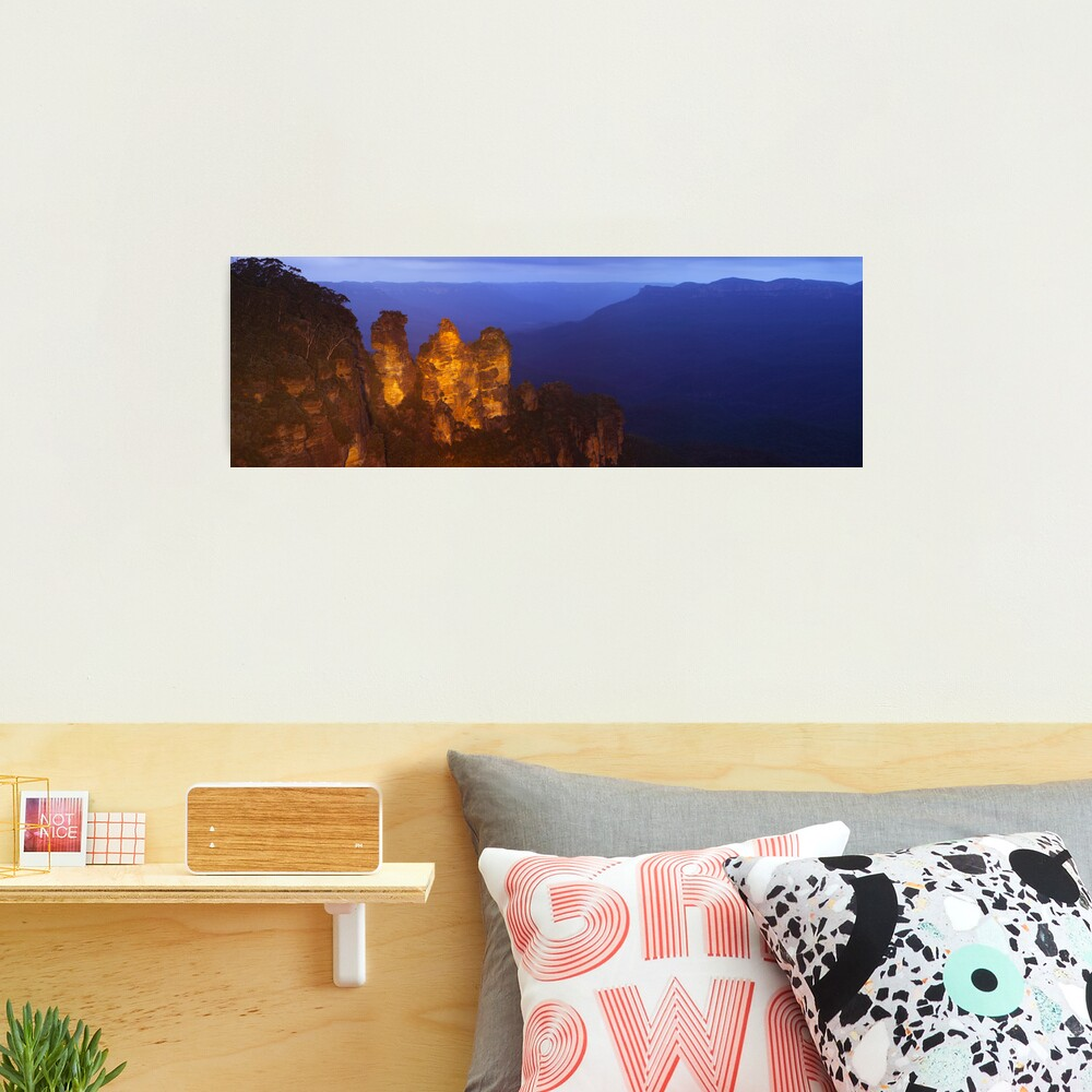 Three Sisters Dusk, Blue Mountains, Australia Photographic Print