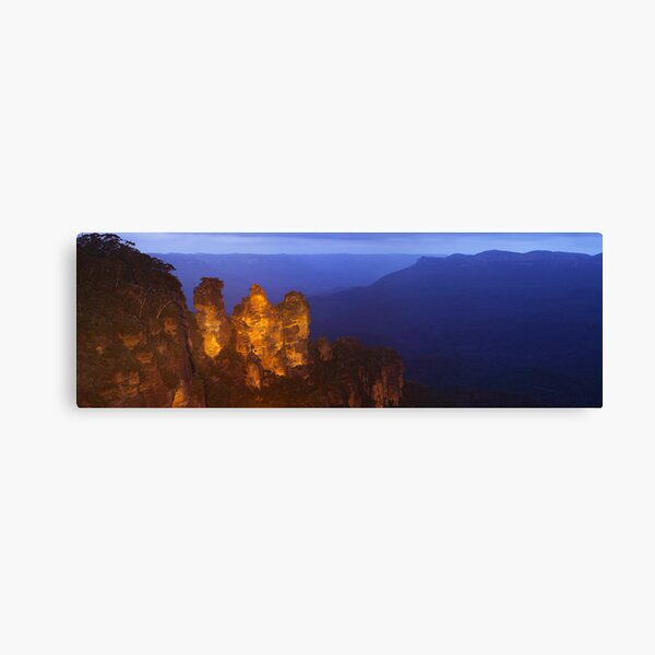 Three Sisters Dusk, Blue Mountains, Australia Canvas Print