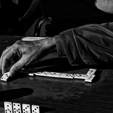 Domino Player by muratodentro