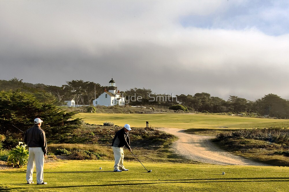 Golfing at the Lighthouse by Clyde  Smith