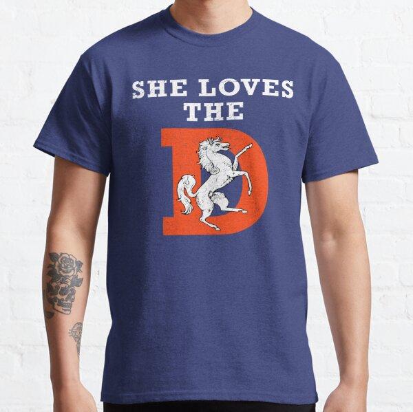 Elle aime le football D Denver T-shirt classique