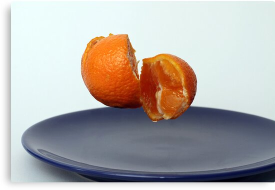 Flying clementine by vegard7