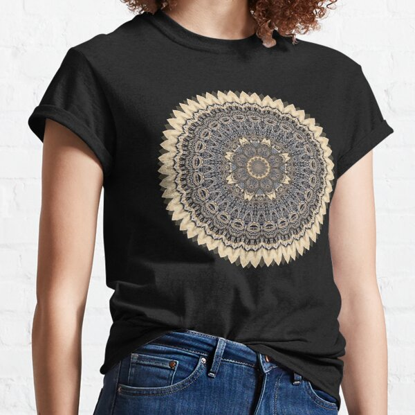 Wolf Wood Mandala Hand Painted Skateboard Art Classic T-Shirt
