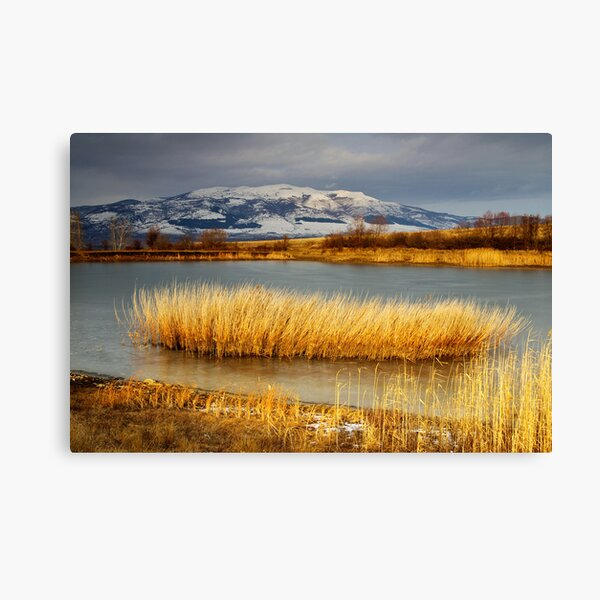 Frozen dam and Konyavska mountain Canvas Print
