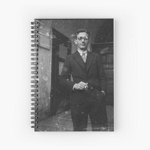 Портрет молодого человека с сигаретой у подъезда. Австрия в составе Третьего рейха после аншлюса в 1938 году. Spiral Notebook