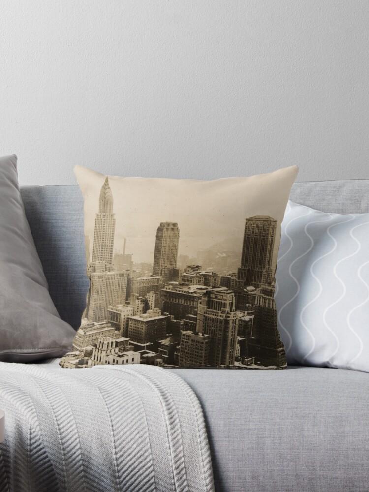 «Vintage New York City Skyline Photograph (1935) » de BravuraMedia
