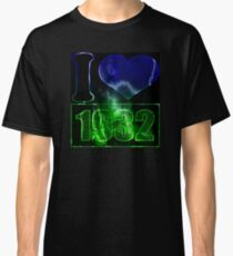 I love 1932 - lighting effects T-Shirt Classic T-Shirt