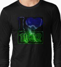 I love 1932 - lighting effects T-Shirt T-Shirt