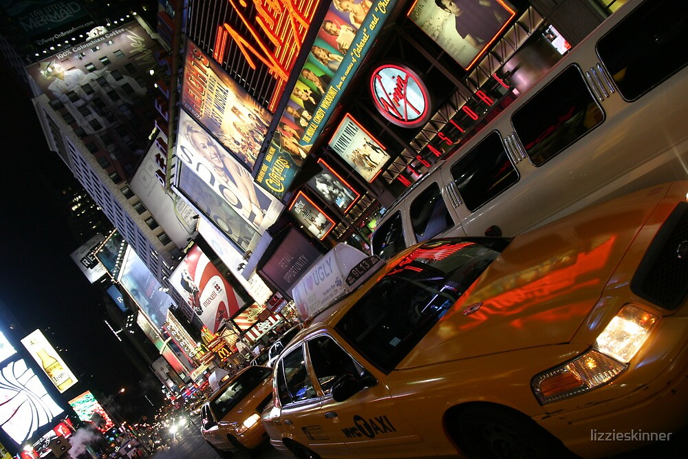 Times Square, New York by lizzieskinner