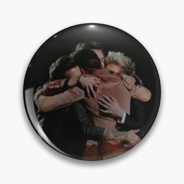 One Direction Hugging Chapa