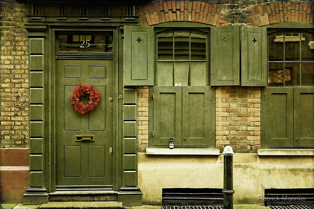 knock at the 25 by Patrick Monnier