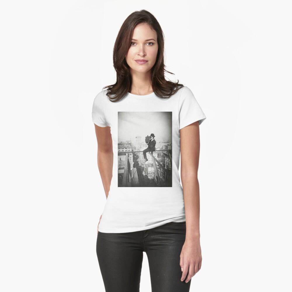Camiseta para mujerPhotographing NYC Above 5th Avenue (1905) Delante
