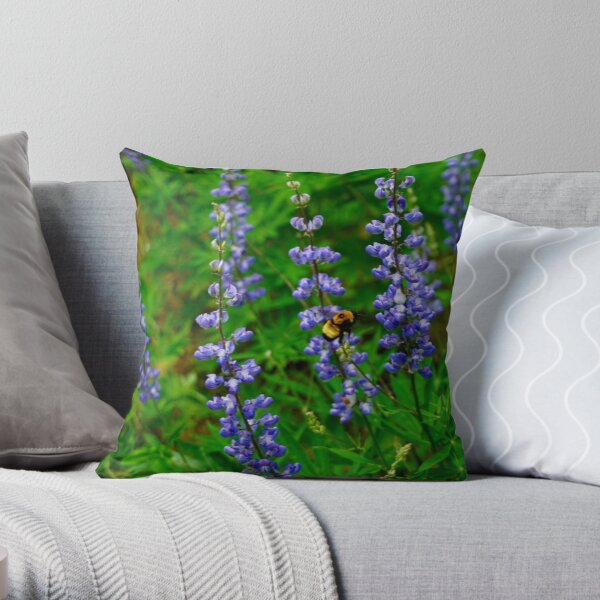 Wildflowers in the Dishman Hills Throw Pillow