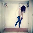 Left hanging by LaraZ