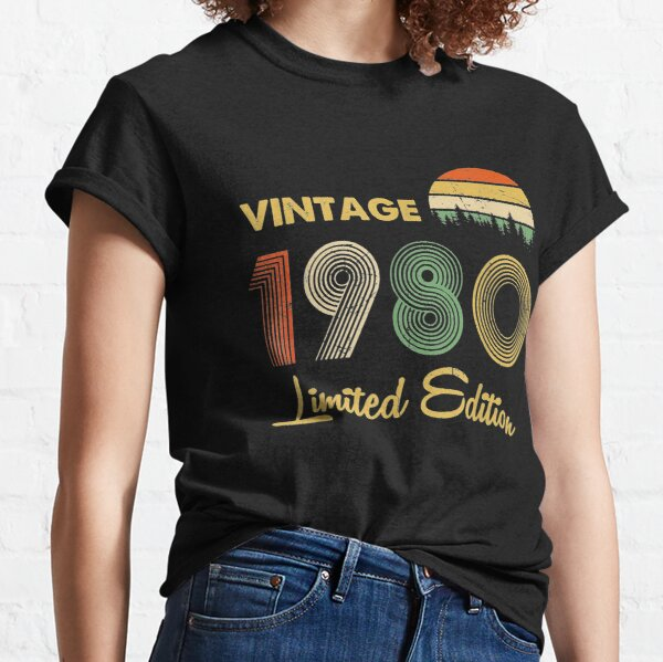 Vintage 1980 40 years Awesome 40th birthday Retro Cassette Classic T-Shirt